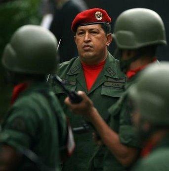 Chávez deportó al compañero Joaquín Pérez Becerra