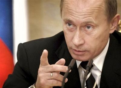 Putin acusa a la OTAN de querer matar a Gadafi