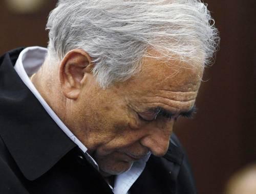 Guerra sexual de las divisas: castración de Strauss-Kahn y estupro del euro
