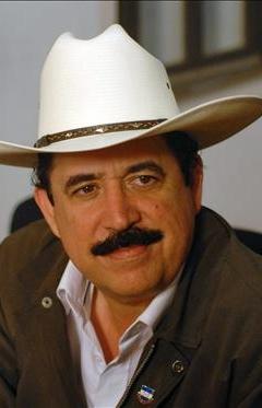 El regreso de Mel Zelaya es un deber, el retorno de Honduras en la OEA es indigno