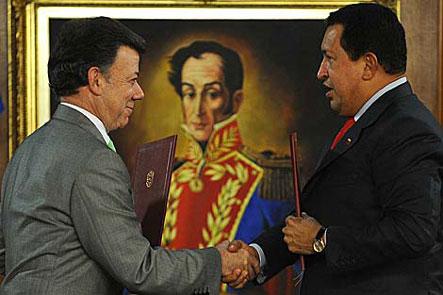 """La alianza de Chávez y Santos desenmascara al """"socialismo del siglo XXI"""""""