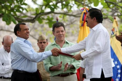 Mientras aceptan a Honduras a la OEA el gobierno sigue asesinando campesinos