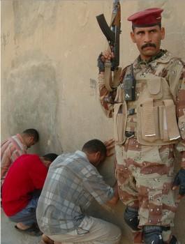 """""""Democracia"""" de la OTAN en Irak: violación de menores"""